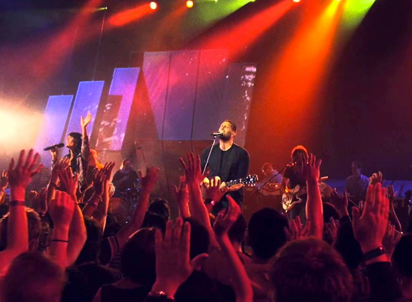 Outcry Tour: Hillsong Worship, Kari Jobe, Rend Collective & Urban Rescue at Concord Pavilion